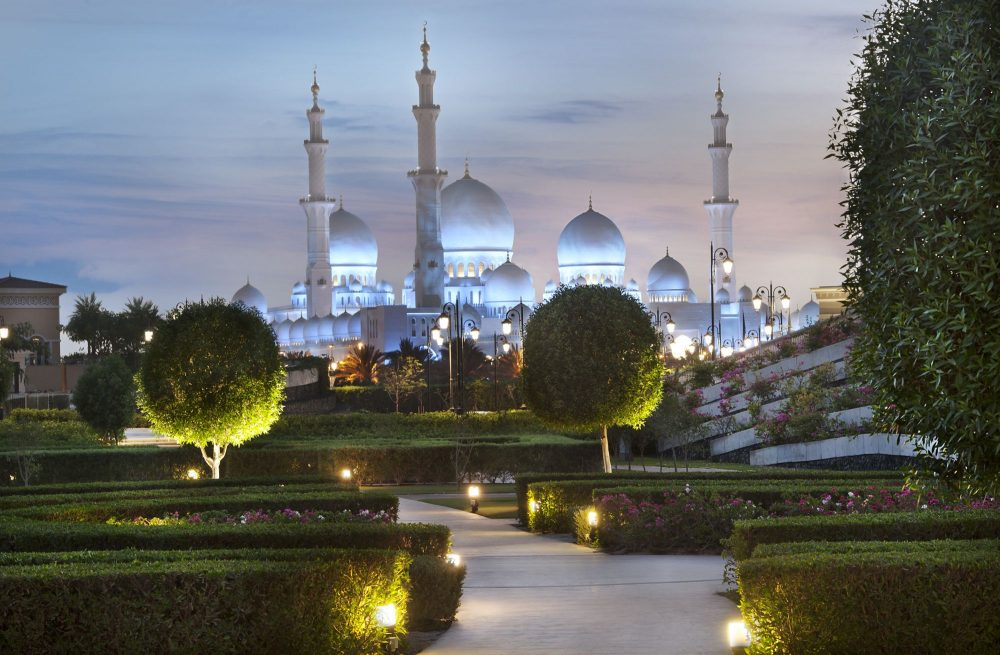 Escape to a world of Middle Eastern opulence with the Ritz-Carlton in Abu Dhabi