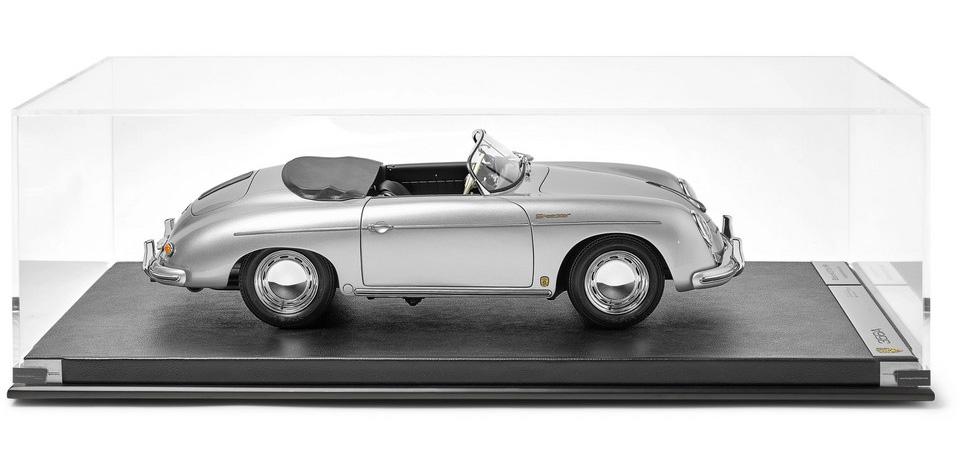 Amalgam Collection: Porsche 356A Speedster 1948 1:8 Model Car