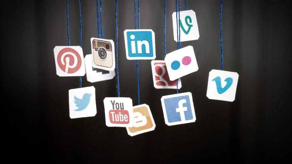 social media internship london
