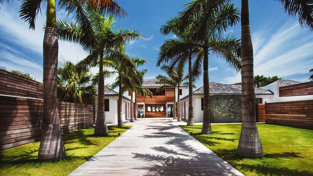 Luxury Experiences | Villa Sand Club, Flamands Beach, St Barths