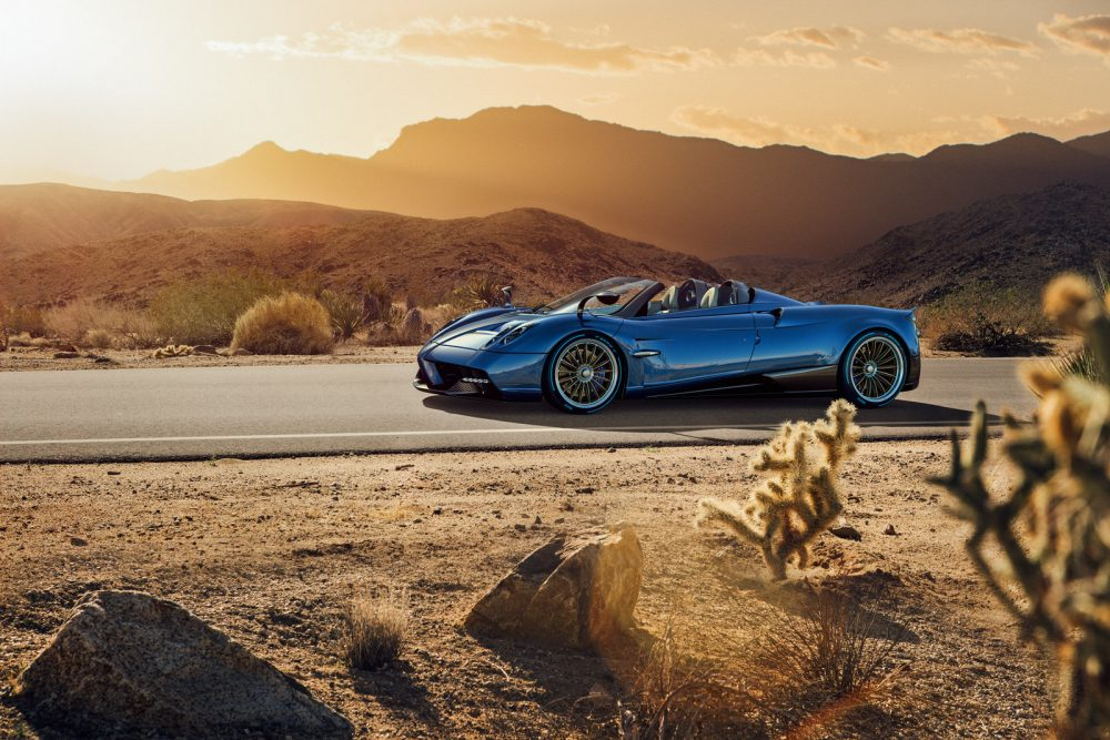 Pagani Huayra Roadster: The first Roadster lighter than the Coupe