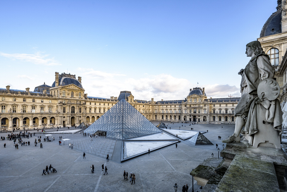 Vacheron Constantin and the Louvre, an artistic and cultural partnership