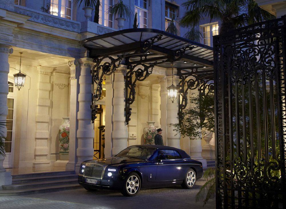 Indulge in ultimate Parisian elegance at Shangri-La Hotel, Paris