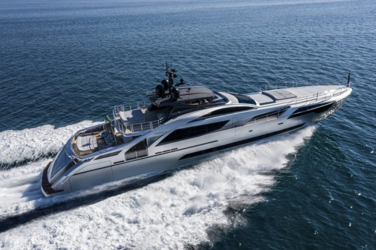 Pershing 140: the biggest thrill in Pershing's history