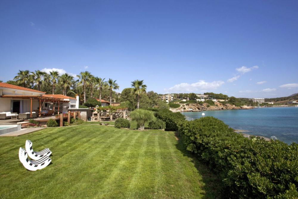 Villa Agave, the Estate bringing California to the Athens Riviera
