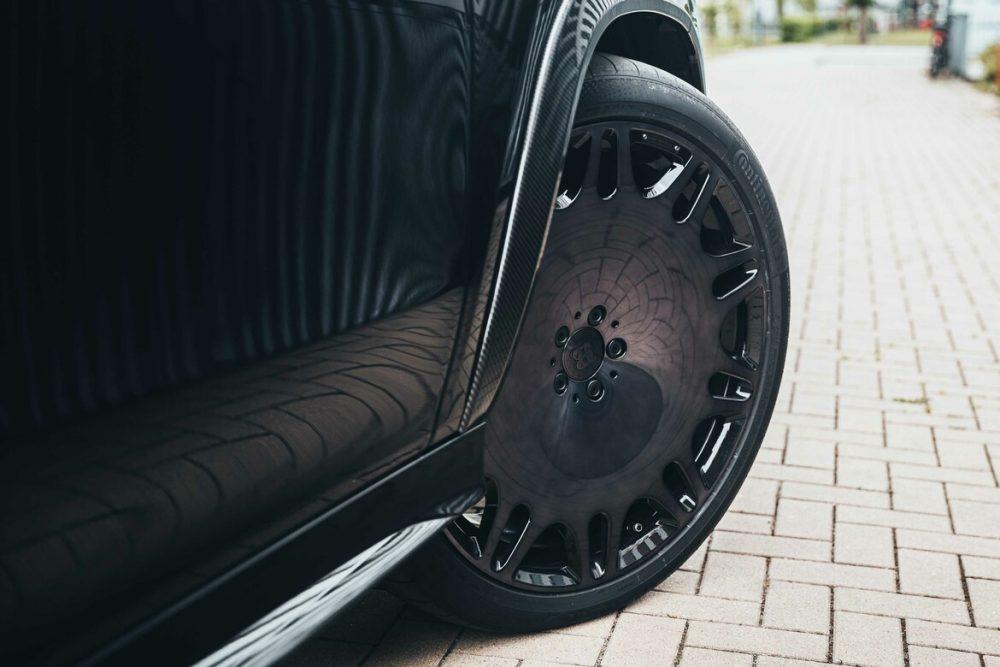 Explore the brand new Super Sport SUV BRABUS 800