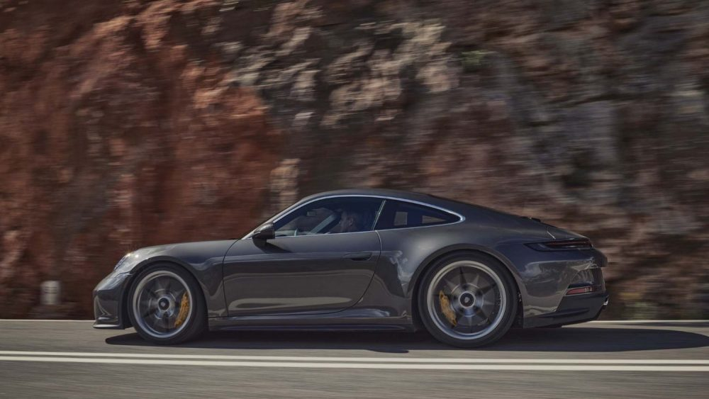 Introducing the 2022 Porsche 911 GT3 with Touring Package
