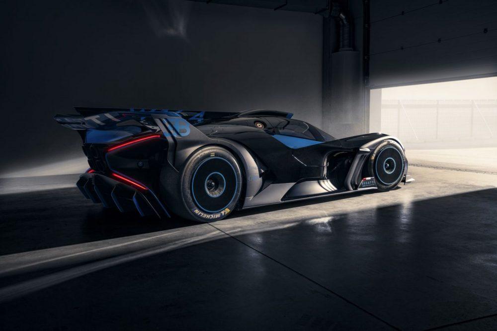 Bugatti Bolide is an extreme, track-focused hyper sports car